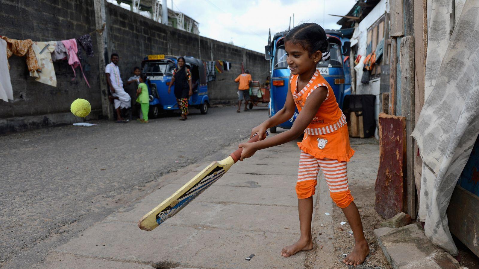 Cricket-Girl