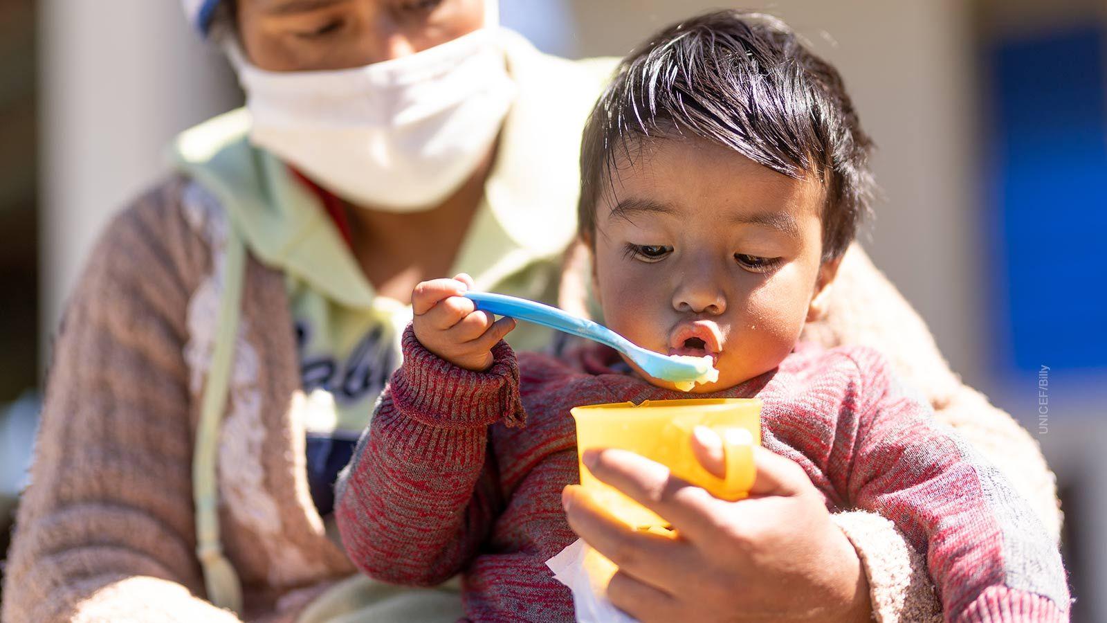 6 de cada 10 niñas y niños viven en hogares pobres